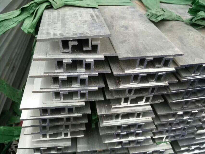 铝滑槽价格图片