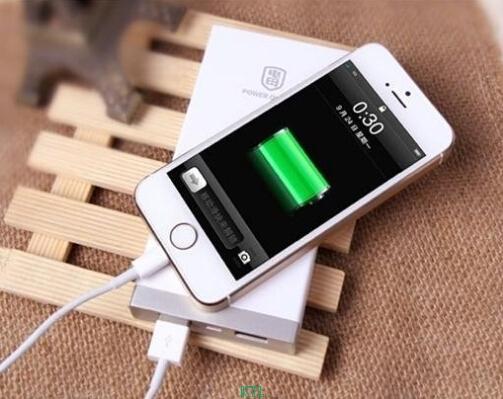 聚合物锂电池让手机变得越来越薄