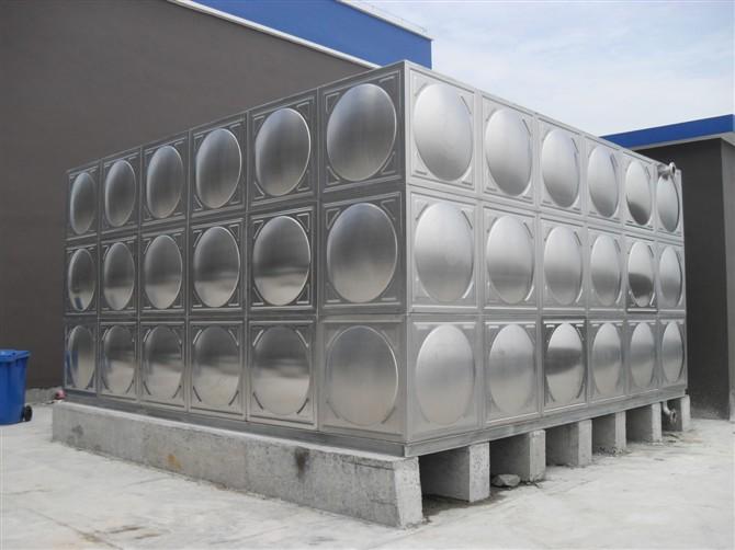 不锈钢组装水箱.jpg