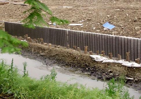 仿木桩驳岸施工方案