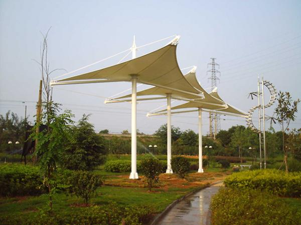 河北沧州人民公园膜结构三角伞亭