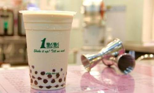 一点点奶茶加盟店的经济环境分析