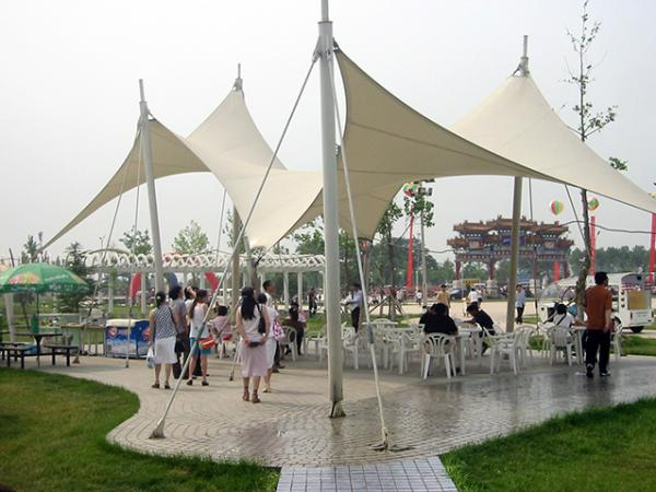 山东龙口开发区广场膜结构景观小品张拉膜