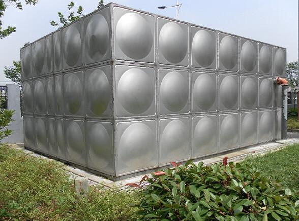 不锈钢租转水箱1.jpg