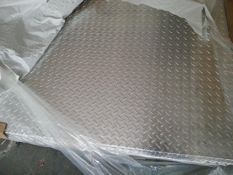 扁豆型花纹铝板价格图片