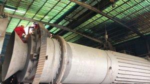 硫酸亚铁生产线回转窑就位