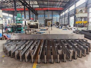不锈钢材质液体初始分布器DN6500槽式分布器