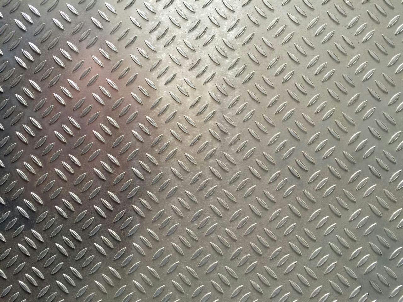 小三條花紋鋁板價格圖片